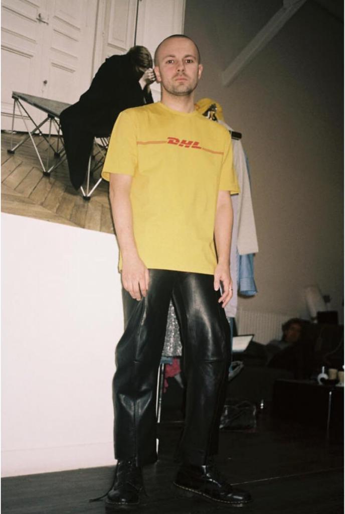 DHL Tシャツ